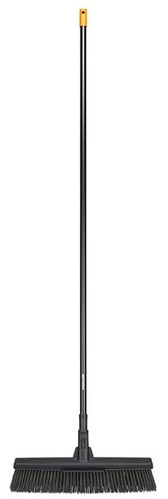 Fiskars Solid™ (L) univerzální koště s násadou 1025926